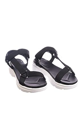 f5493ad3b6454 Amazon.com: Aquapillar Hook & Loop Sporty Cushioned Footbed Sandal ...