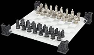Nemesis Now - vampiro y hombre lobo juego de ajedrez