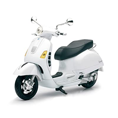 Vespa GTS 300 Super White Motorcycle 1/12 by New Ray 57243B: Toys & Games