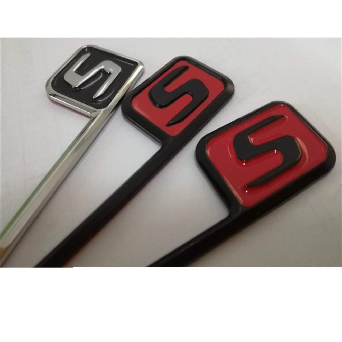 Emblema cromato Black Red Letters S Trunk Lid Badges Emblema Badge C63s E63s CLS63s S63s GLE63s GLC63s AMG