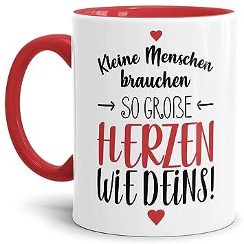 Erzieher Tasse Mit Spruch Kleine Menschen Brauchen Große Herzen Kindergartenabschiedgeschenk Ideedankeschönkitainnen Henkel Rot