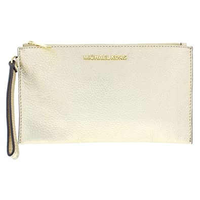 31feeb0e52e0 Michael Kors Pebbled Leather Bedford Lg Zip Clutch Wristlet in Pale Gold:  Handbags: Amazon.com