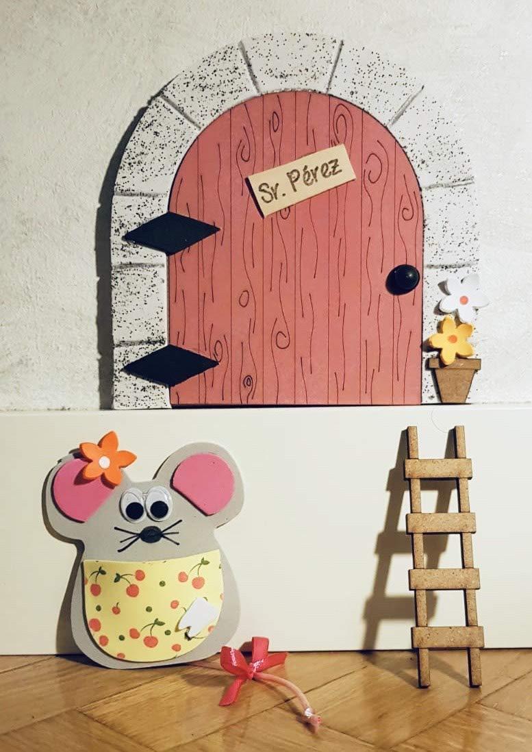 Puerta mágica Ratoncito Pérez que se abre, MADERA ROSA, incluye ratón guardadientes y escalera.: Amazon.es: Handmade