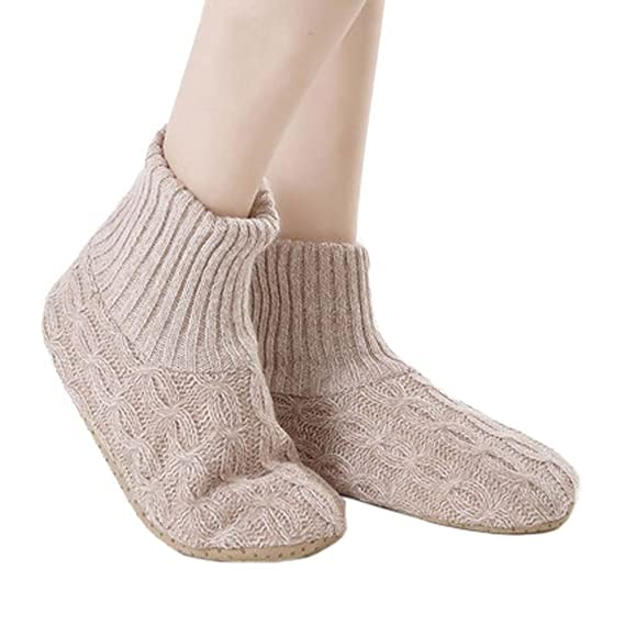 735bc5f21ec87 Chaussettes Fuzzy Chaussettes pantoufles antidérapantes Conservez des  chaussettes au sol chaud Chaussettes de vacances Chaussettes pour