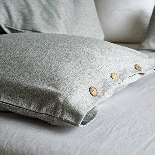 AiMay Duvet Cover Set 3 Piece Bedding Sets 100% Luxury 150g Double Brushed Microfiber With Coconut Button Closure Solid Color Premium Linen Style Ultra Soft More Durable (KING, GRAY) by AiMay (Image #5)