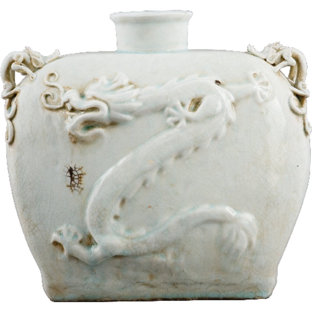 Home decor. White Dragon Vase. Dimension: 12 x 6 x 10. Pattern: Celadon Classic.
