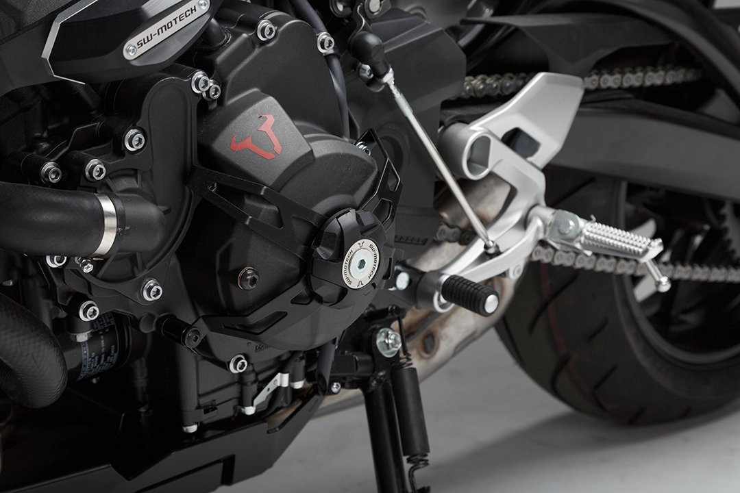 SW-MOTECH Stator Cover Guard for Yamaha FZ-09 '13-'16 STP.06.449.10000/B
