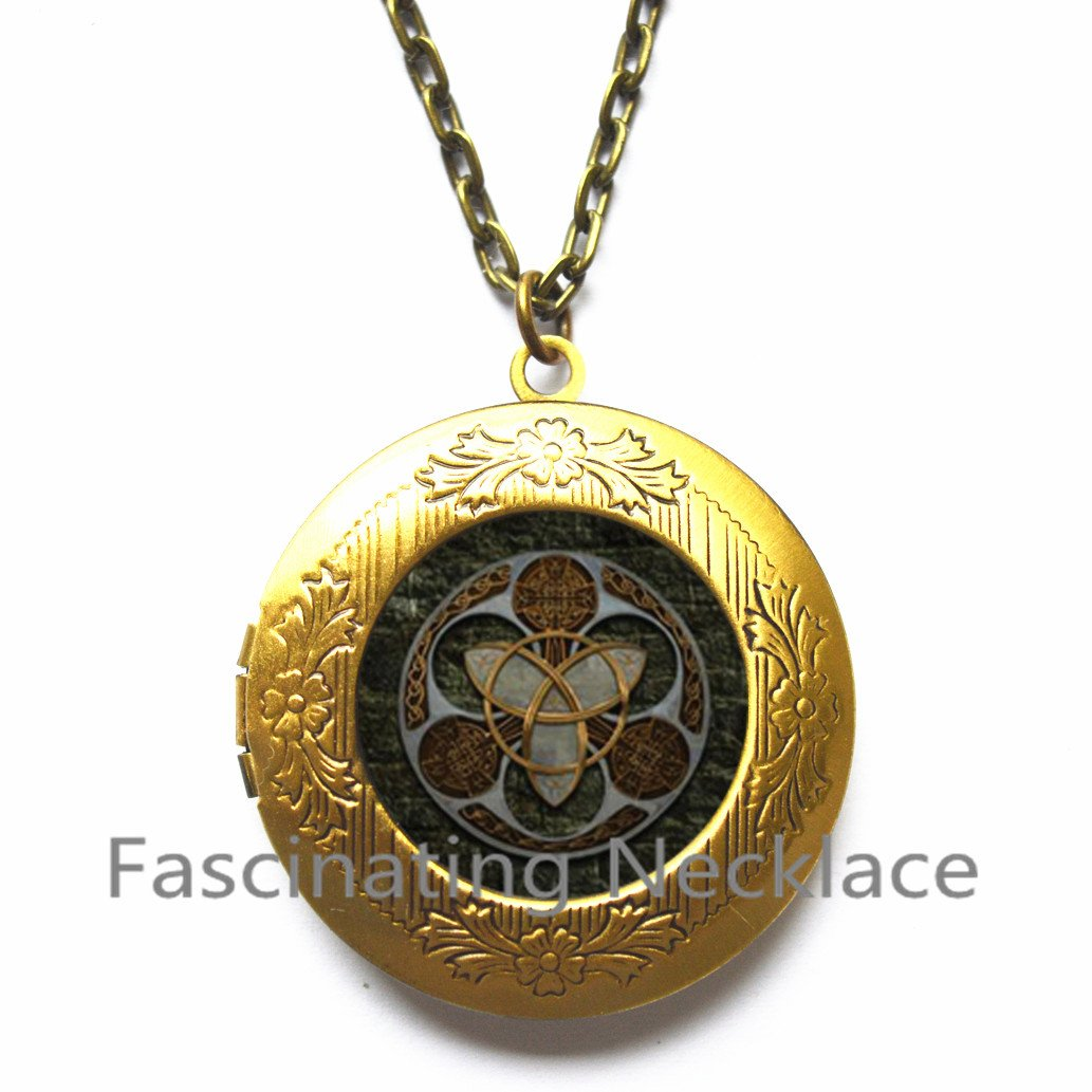 Trinity Celtics Locket Pendant Locket Necklace vintage Round Glass Locket Necklace Celtics Trinity Vintage Locket Pendant,AQ208