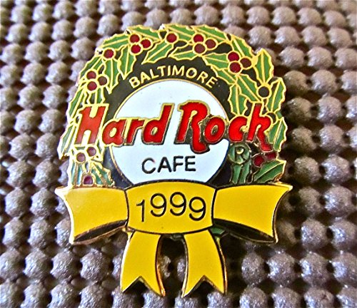 Hard Rock Cafe BALTIMORE 1999 Christmas Wreath Lapel ()