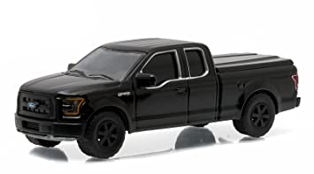 2015 ford f 150 xl pickup truck black bandit 164 by greenlight 27840 - Ford Truck 2015 Black