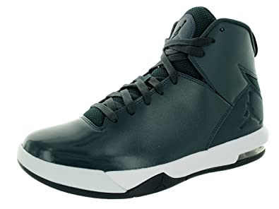 bcd57ccd67bdc5 Jordan Men s Flight Origin 2 Black White Wolf Grey Basketball Shoe 11 Men US