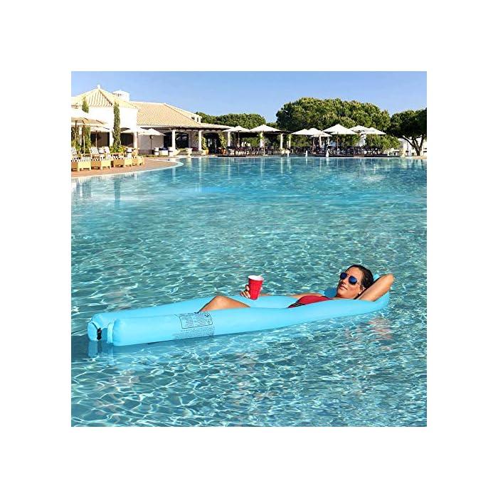 61knl5V6L L Adecuado para muchas ocasiones: la Hamaca de agua flotante para nadar es ideal para un día en la piscina, el lago o el océano. Mantén tu cuerpo mojado y apoya la cabeza a flote por encima del agua. Fácil de inflar: infle el tumbona de flotante en condiciones de viento. Si es un día ventoso, simplemente abre la boca de la tumbona de flotador en el viento para inflarla. Use un ventilador para infle si el viento es insignificante o si está en casa. Cómodo y duradero: la cama de malla suave suspende su cuerpo justo debajo de la superficie del agua para mantenerlo fresco. Compuesto por nailon impermeable, este flotador es de punto, fino y suave.