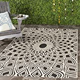 Safavieh Courtyard Collection CY6616-25621 Black and Beige Indoor/Outdoor Area Rug (8′ x 11′) For Sale