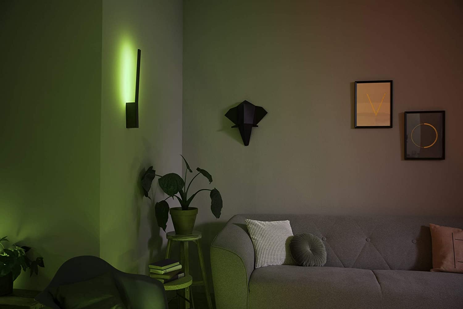 Philips hue white and color ambiance led wandleuchte liane