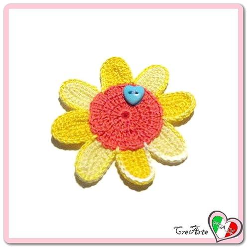 Flor amarilla y naranja para aplicaciones, broche o imán de ...