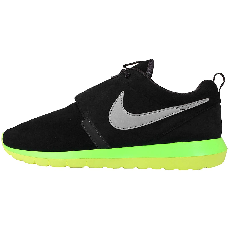 best service a8fda 092ea Amazon.com   Nike Men s Rosherun NM, BLACK SILVER WING-ANTHRCT-VOLT, 8 M US    Running