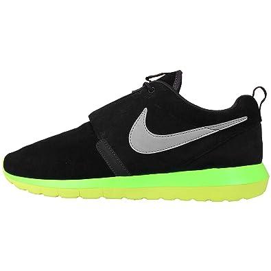 458dd823cadb Nike Men s Rosherun NM
