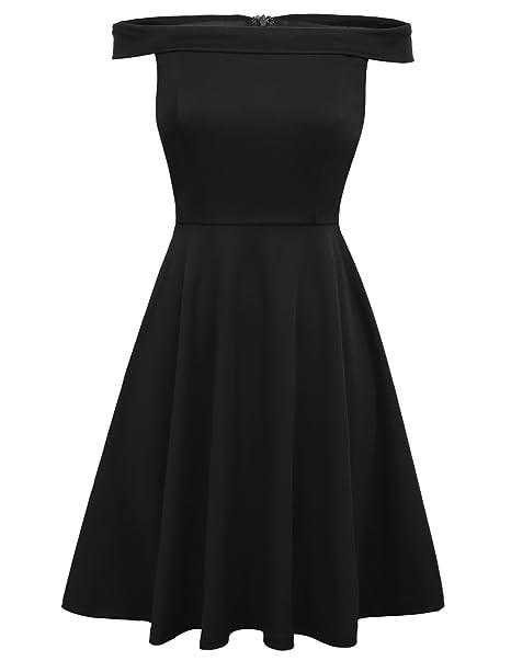 Vestido corto negro sin hombros