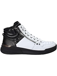 1fba8d9d8c0 Guess Men s Delacruz Sneaker  Amazon.co.uk  Shoes   Bags