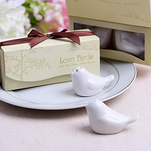 2Pcs=1Set Love Bird Salt /& Pepper Shaker Wedding Favors And Gifts For Guests Souvenirs Decoration Party Supplies Salit Pigs Herb /& Spice Tools By ATUTI