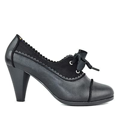 Amazon.com | Chase & Chloe Dora-7 Lace-Up Vintage Cut-Out Women's Heeled Oxford | Oxfords