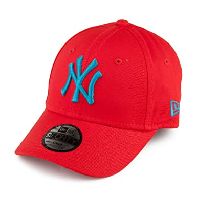1c4a0eaa779 New Era Kids 9FORTY NY Yankees Baseball Cap - Junior MLB League Essential -  Red CHILD ADJ.  Amazon.co.uk  Clothing