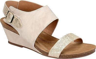 6bc45c8430 Amazon.com   Sofft - Womens - Vanita   Flip-Flops