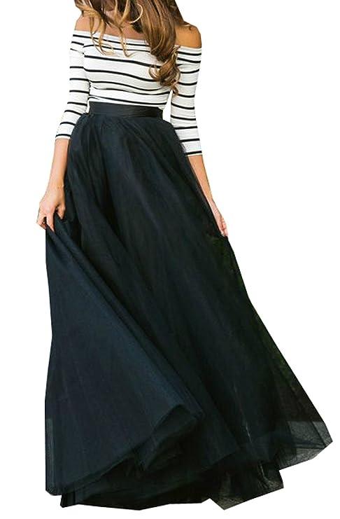 Falda larga negra para cocteles o fiestas de noche.