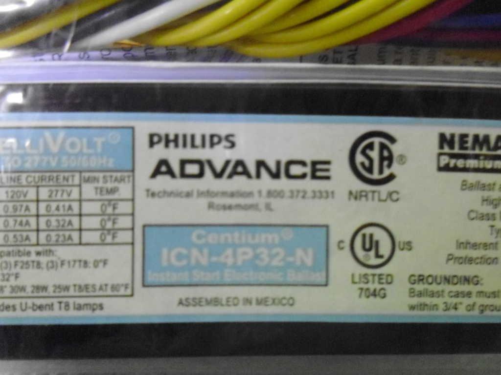 120//277v, 50//60hz Philips Advance Centium ICN-3P32-N 3-Lamp Ballast