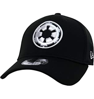 ae704b7719a Star Wars Boba Fett Mandalorian 39Thirty Fitted Hat at Amazon Men s ...