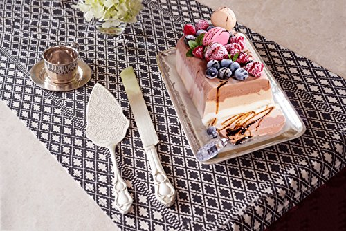 Review Strova Silver Wedding Cake