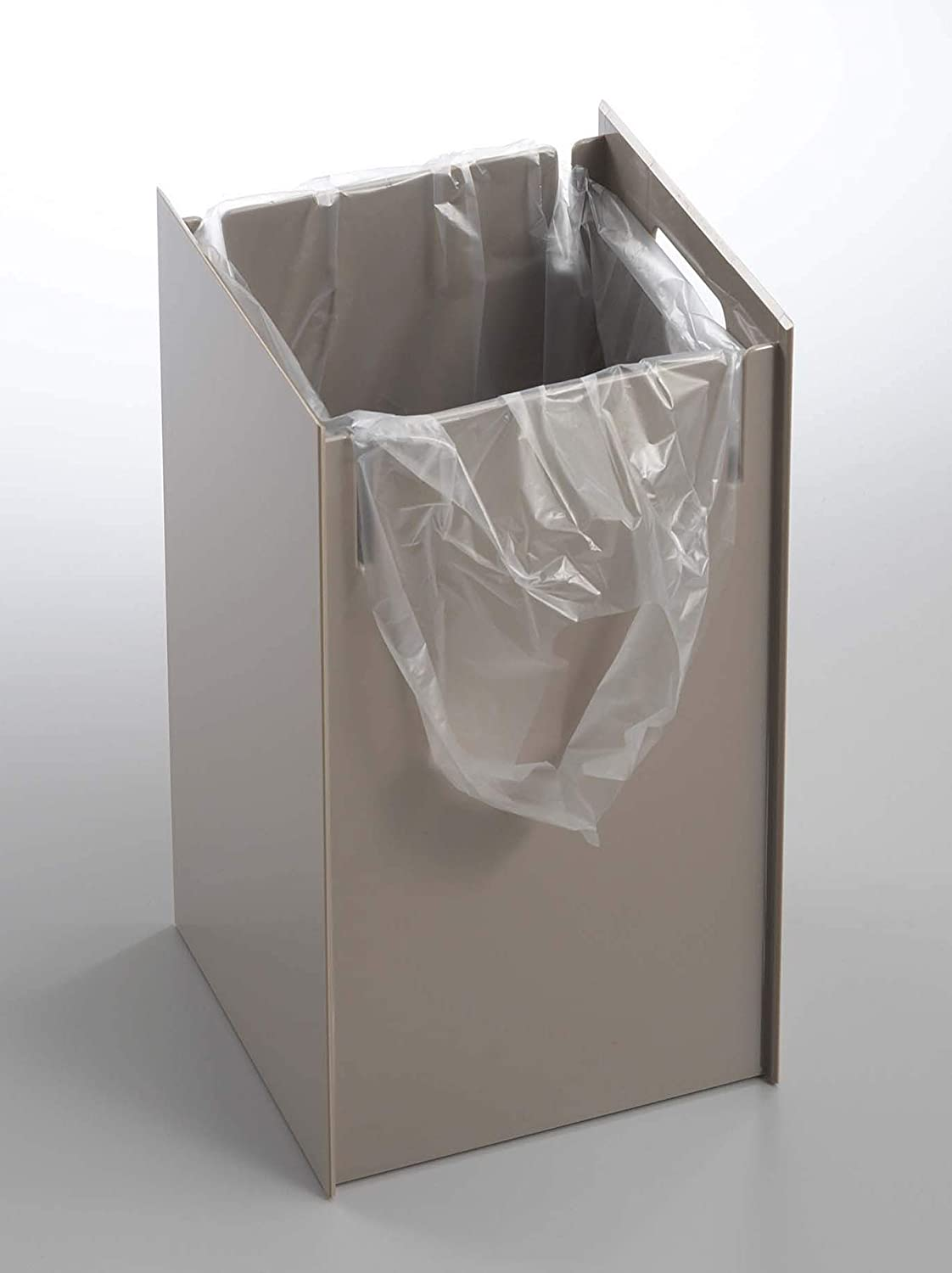 Red Co. Deluxe Veil Minimalist Trash Can, Rubbish Bin Wastebasket Receptacle Garbage Container, for Office Home Bathroom, Brown, 18 Inches 17716-VWD