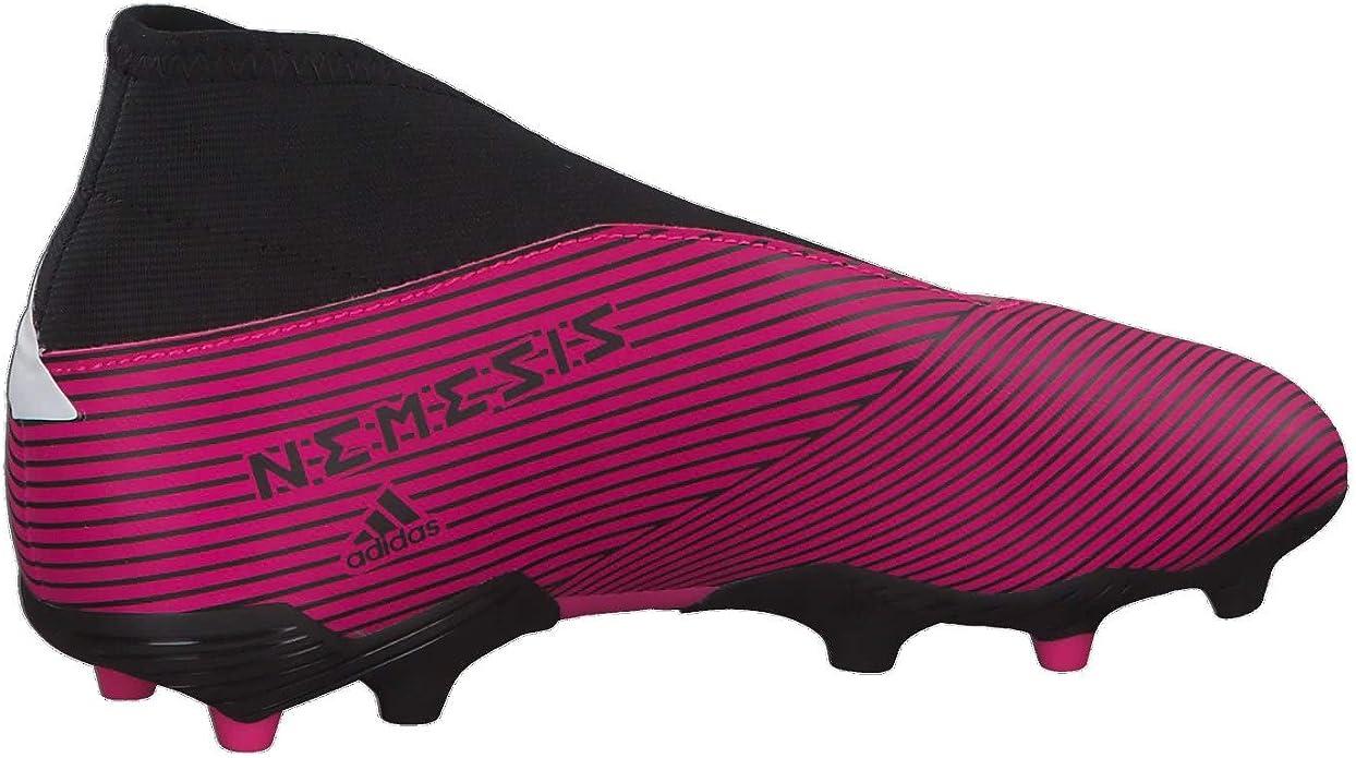 Botas de futbol rosas