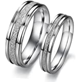 Bystar Fashion Jewelry Silver Frosted Surface Central and Grooves Stainless Steel Promise Couple Ring