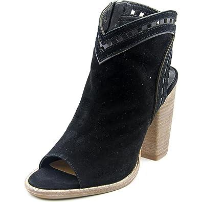 77b1065d3441 Amazon.com  Dolce Vita Women s Natasha Open Toe Bootie