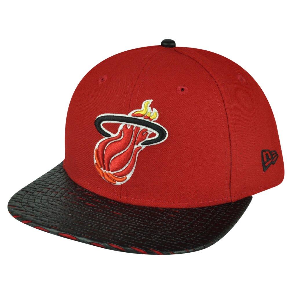 fb5e552375a Amazon.com  New Era Miami Heat NBA HWC Visor Cross 9FIFTY Snapback Cap   4754  Clothing