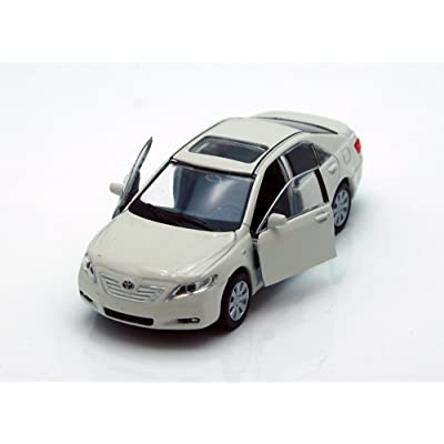 "Toyota Camry, White - Welly 42391 - 4.5"" Long Diecast Model Toy Car, but NO Box: Toys & Games"
