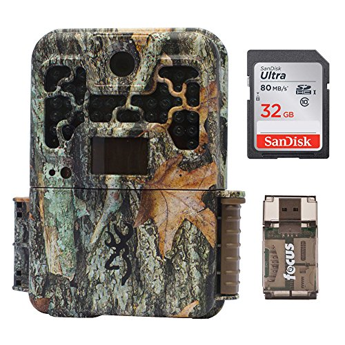 Browning Recon Force FHD Extreme TrailGame Camera with Color Screen (20MP)  32 Gb Card & Focus USB Reader
