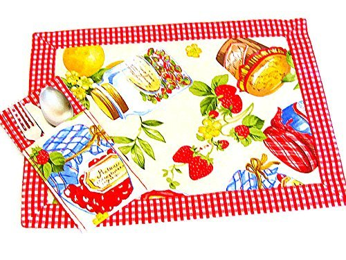 Retro Fruit Placemat Set of 4 - Provencal reversible fabric cloth mat - Shabby chic kitchen picnic table mat - Summer Spring padded mat by SABDECO