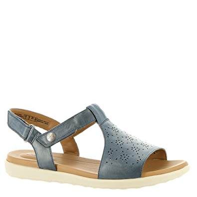 a62a8e0ef08 Image Unavailable. Image not available for. Color  CLARKS Women s Un Reisel  Mae Navy Leather 9 D US