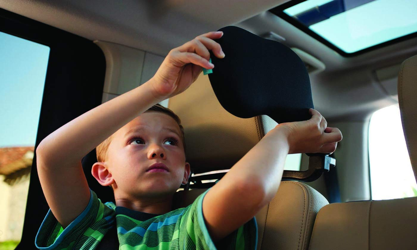 Cardiff Travel Headrest (Polka Dot) The Best Neck Support Solution for Kids and Adults. Patented by Cardiff