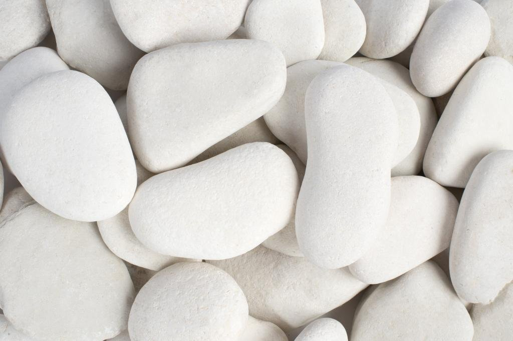 1 to 2 Rainforest Margo 20 lb Black Super Polished Pebbles