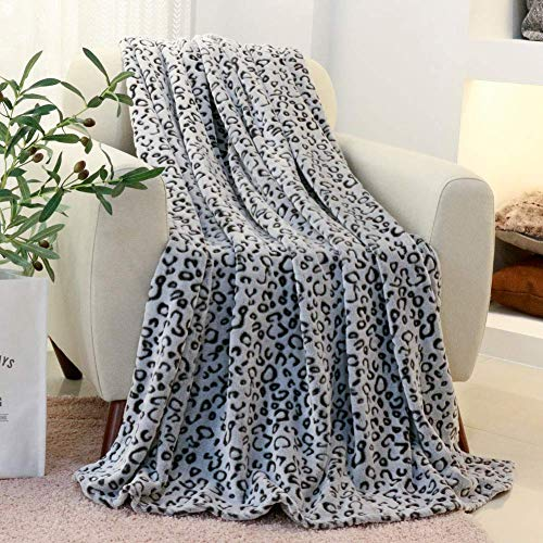 (FY FIBER HOUSE Flannel Fleece Throw Microfiber Blanket with 3D Leopard Print,50 by 60-Inch,Grey)