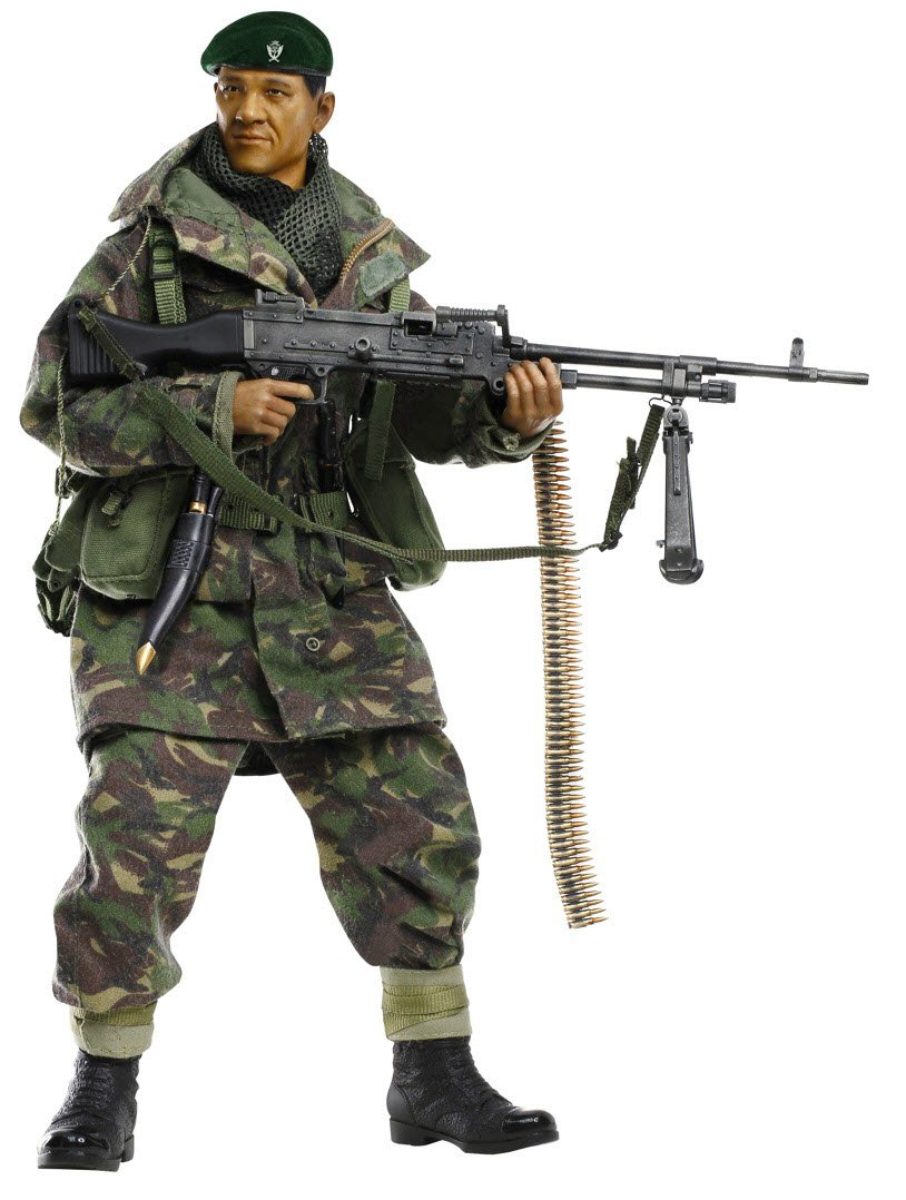 Dragon Models  Dhak Gurung  (GPMG Gunner) Action Figure  Gurkha Infantry, 1st Battalion, 7th Duke of Edinburgh's Own Gurkha Rifles, Falklands War 1982, Scale 1 6