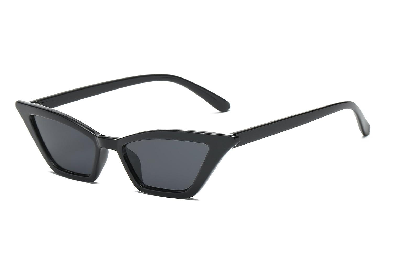 56706b7d7ee Amazon.com  FEISEDY Small Cat Eye Sunglasses Vintage Square Shade Women  Eyewear B2291  Clothing