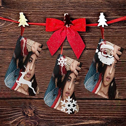 クリスマスの日の靴下 (ソックス3個)クリスマスデコレーションソックス 歌手Camila Cabello クリスマス、ハロウィン 家庭用、ショッピングモール用、お祝いの雰囲気を加える 人気を高める、販売、プロモーション、年次式