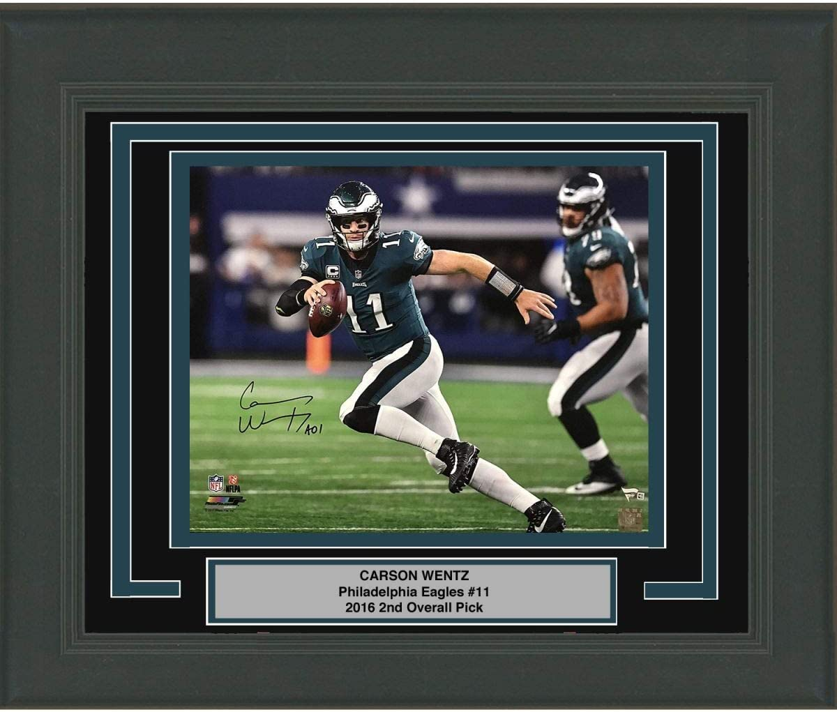 Framed Autographed//Signed Carson Wentz Philadelphia Eagles 16x20 Football Photo Fanatics COA #1