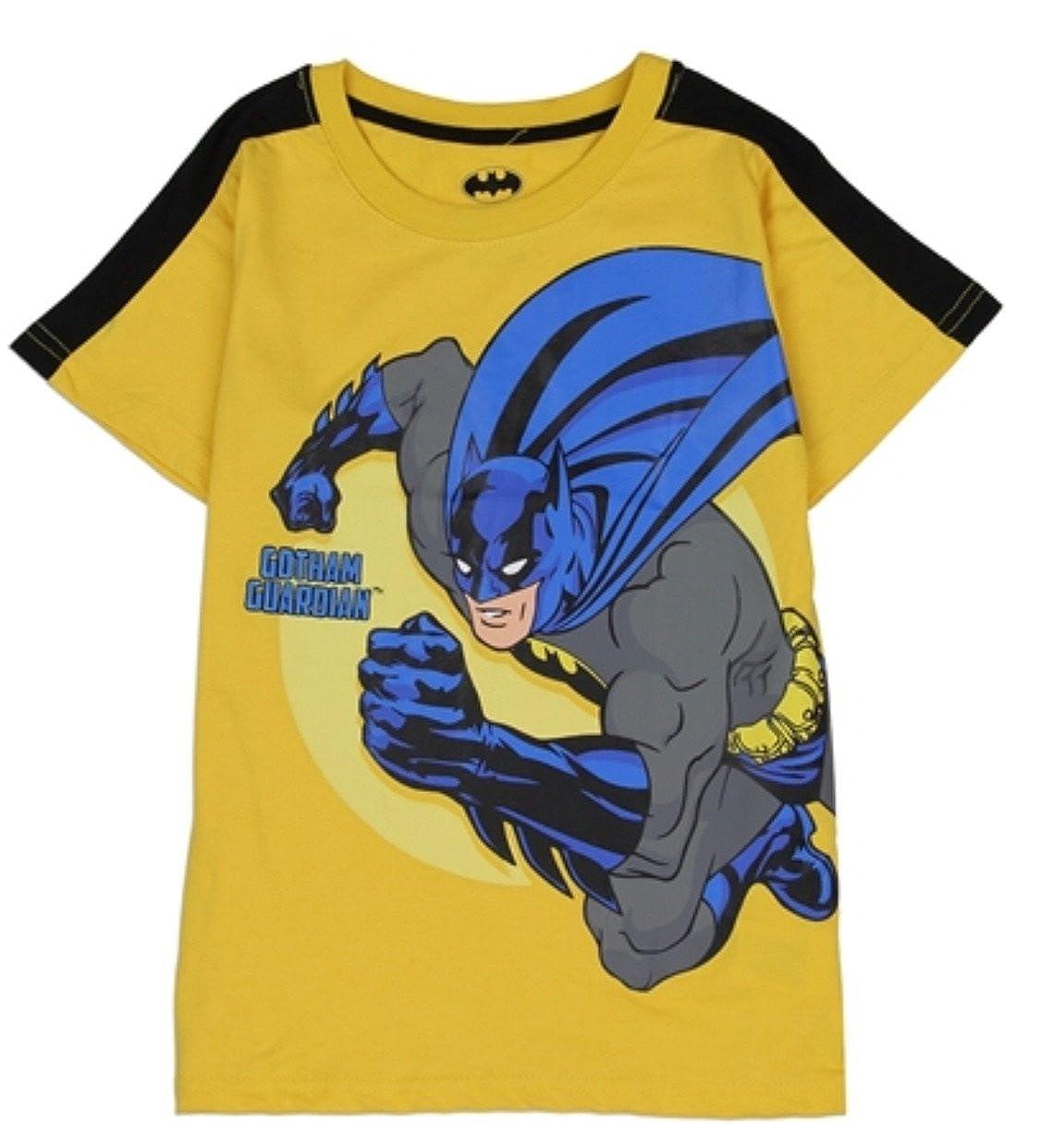 435c53b6 Amazon.com: Comics DC Batman Toddler Little Boys Gotham Guardian T-Shirt  (2T): Clothing