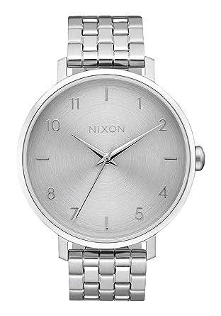 e50b47b6ae4 Amazon.com  Nixon Women s  Arrow  Quartz Metal and Stainless Steel ...