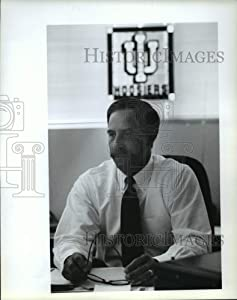 Historic Images - 1994 Press Photo Steve Balser, Chamber of Commerce, Spring Valley. - spa37329